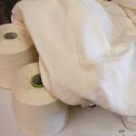 Coton bio –  poids : 190gr/m²  – largeur : 145cm  – colori : écru